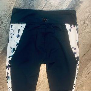 NWOT Calia Black White Print Athletic Leggings Med